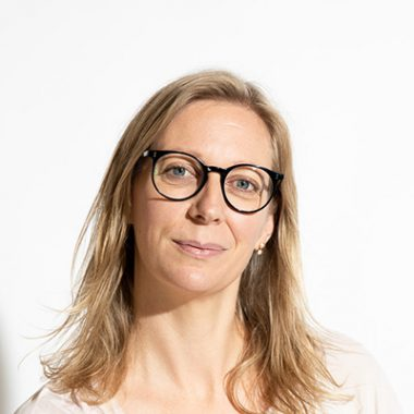 Pia Kruckenhauser <h4> Woman </h4>